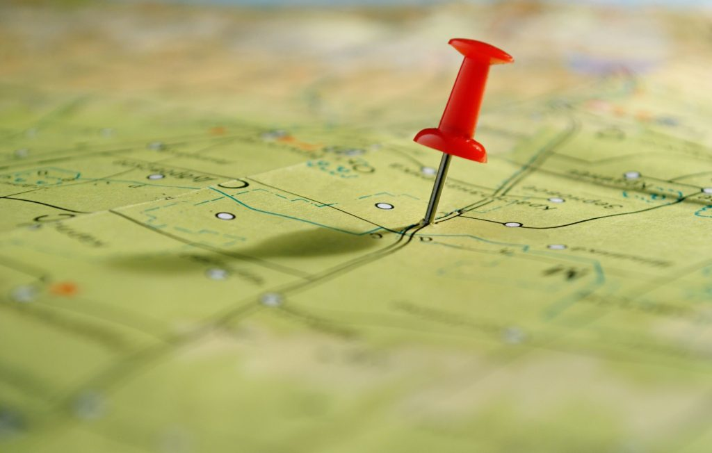 Keeping it local is among the top geofencing marketing trends companies are utilizing today.
