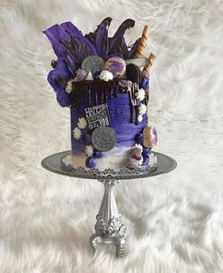 For the St. Louis area, the perfect way to celebrate a birthday is with a Cake House Design creation.
