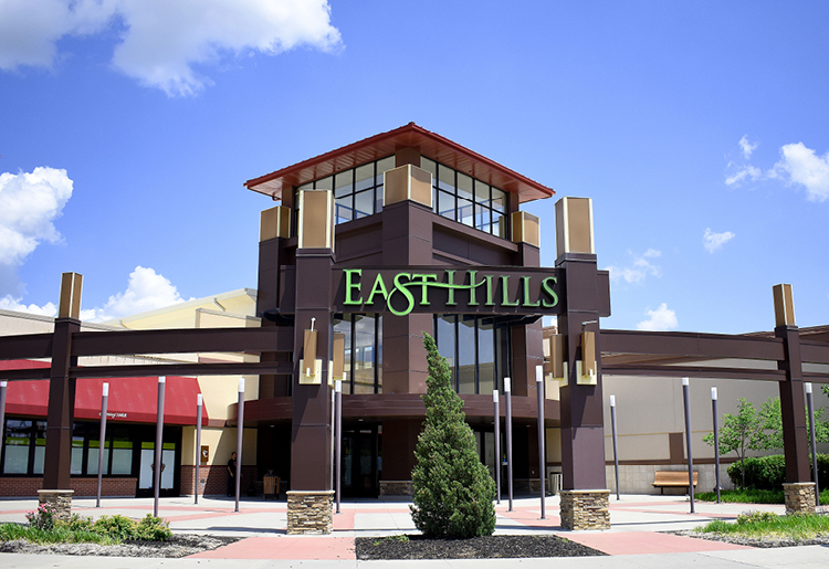 With business photography, SJC Marketing was able to give St. Joseph's East Hills Mall stunning website imagery.