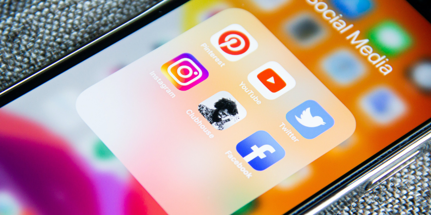 Turn followers into leads with social media marketing.