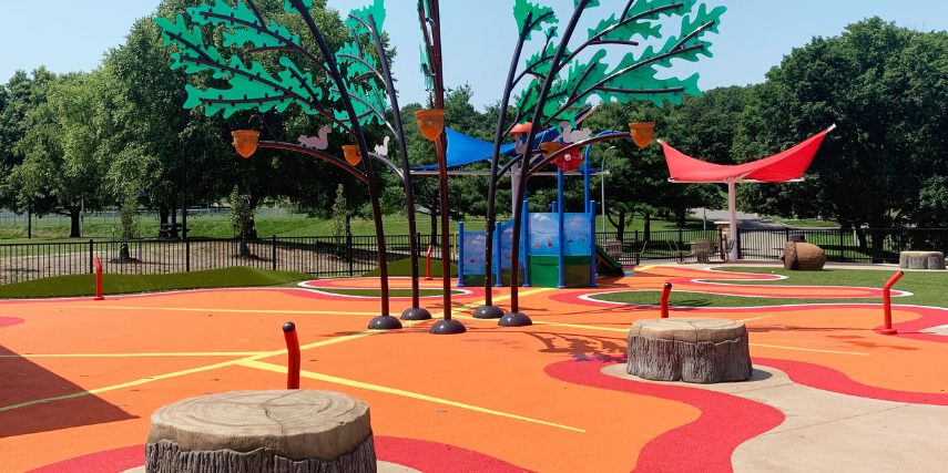 The design of Liberty Oak Splash Pad is made to look like the 200-year-old tree that once stood here.